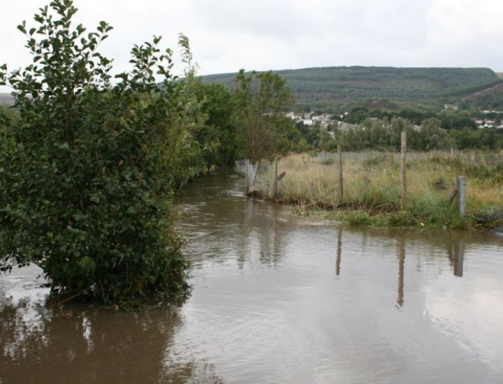 5/9/08 River Cynon Flowing over Tirfounder Fields