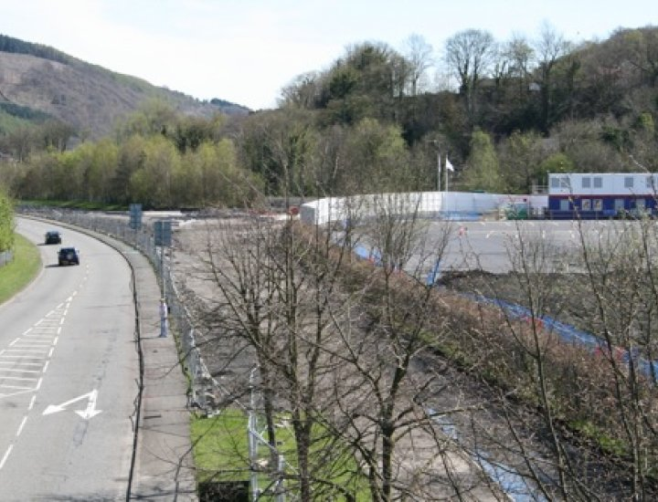 Work on new entrance to Mountain Ash Hospital 11 April 2009