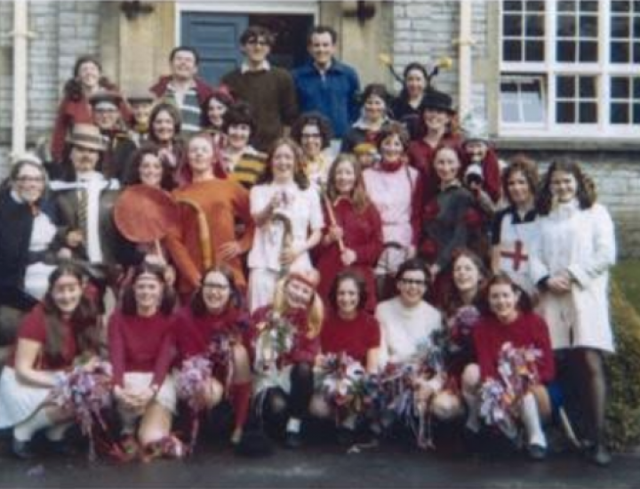 Photograph from Phillip Bowen Aberdare girls grammar school around 1969
